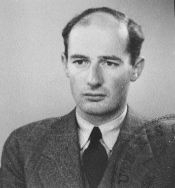 A portrait of Raoul Wallenberg as a young man.