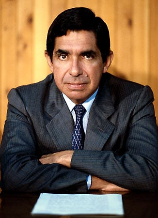 <a href=http://cache.eb.com/eb/image?id=92956&rendTypeId=4>Oscar Arias Sanchez</a>