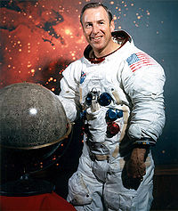 James Lovell<br>Photo from http://www.jsc.nasa.gov/Bios/<br>htmlbios/lovell-ja.html