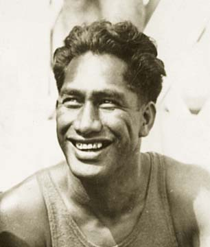 (http://www.hawaiimagazine.com/blogs/hawaii_today/2008/8/15/Duke_Kahanamoku_OceanFest_Waikiki)