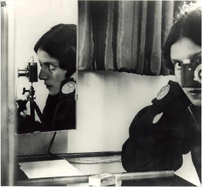 Ilse Bing, self-portrait with Leica