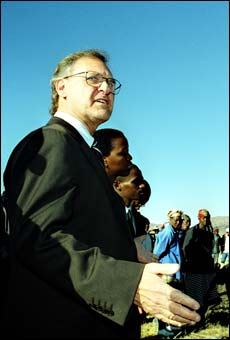 Picture of Stephen Lewis