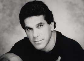 Picture of Lou Ferrigno