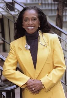 Picture of Dr. Barbara Ross Lee