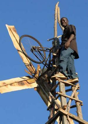 Picture of Community Hero: William Kamkwamba