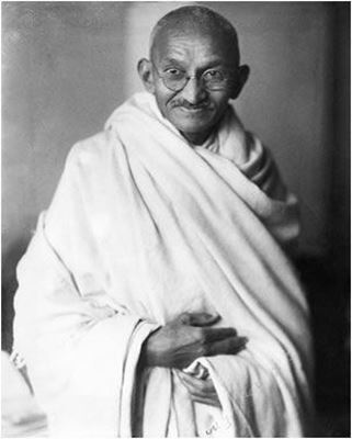 qualities that made mahatma gandhi the quintessence of a hero of faith
