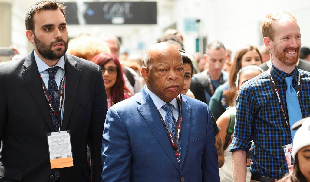 Picture of Civil rights icon leads march through California Comic-Con