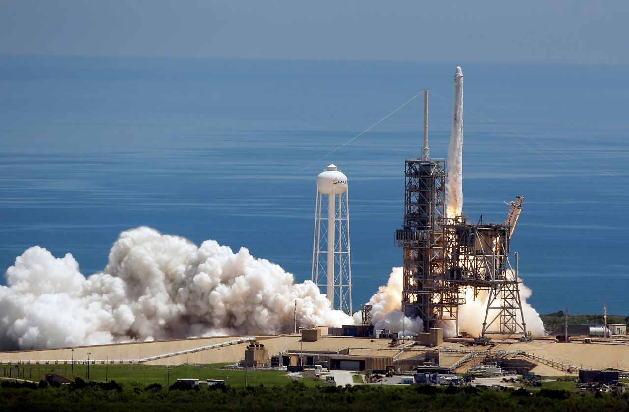 Picture of SpaceX launches experiments, ice cream to space station