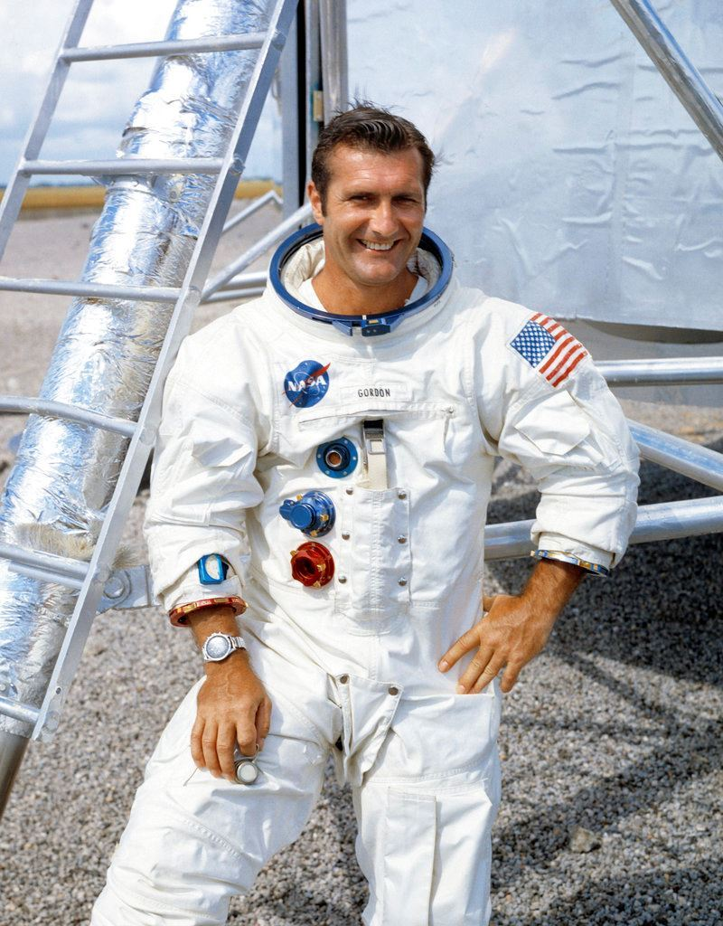 Picture of Apollo 12 astronaut Richard Gordon, who circled moon, dies