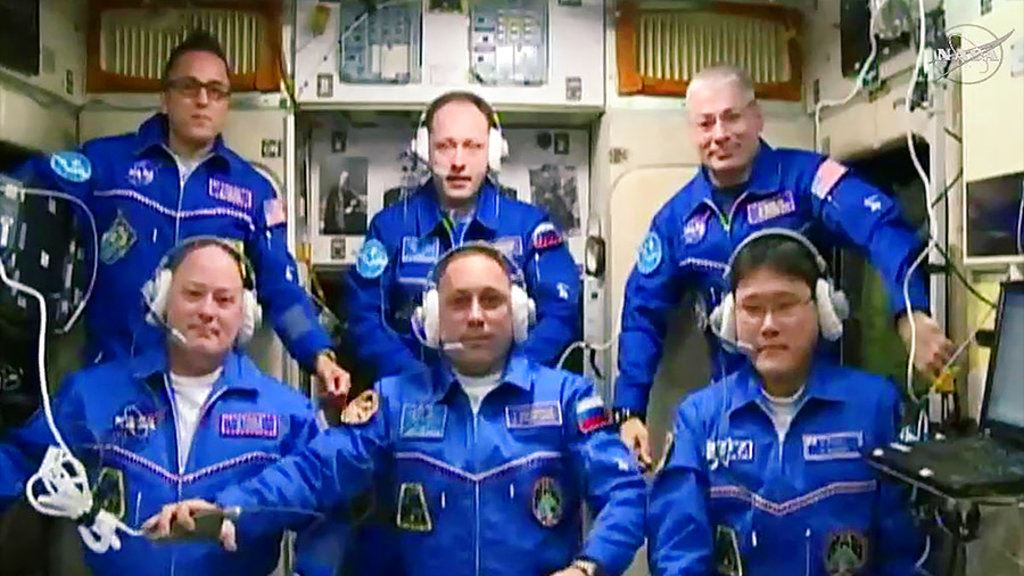 Picture of Space station gets 3 new astronauts, making full house again