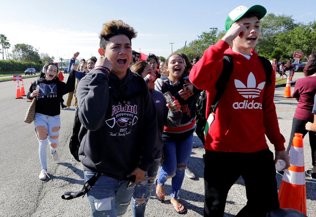 Picture of Parkland students lead walkouts to protest gun violence