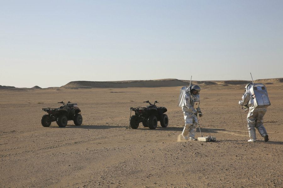 Picture of Remote Oman desert serves as stand-in for Mars
