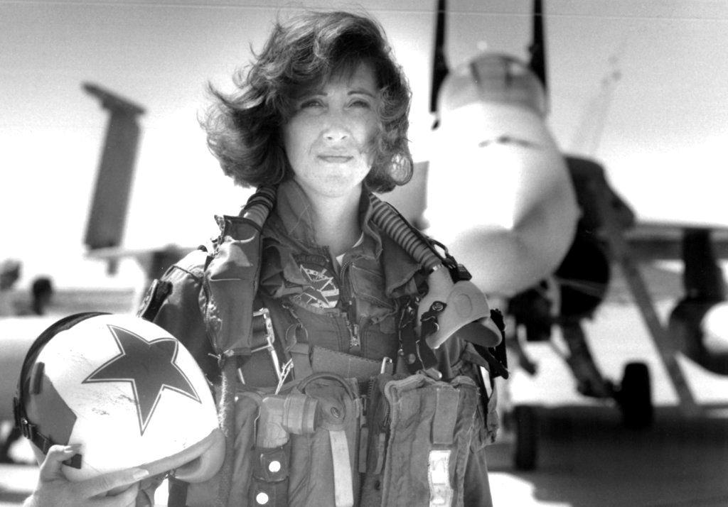 Picture of Southwest Airlines pilot pushed Navy boundaries for flying