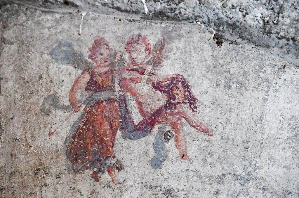 Picture of Archaeologists find street of balconies in Italy's Pompeii