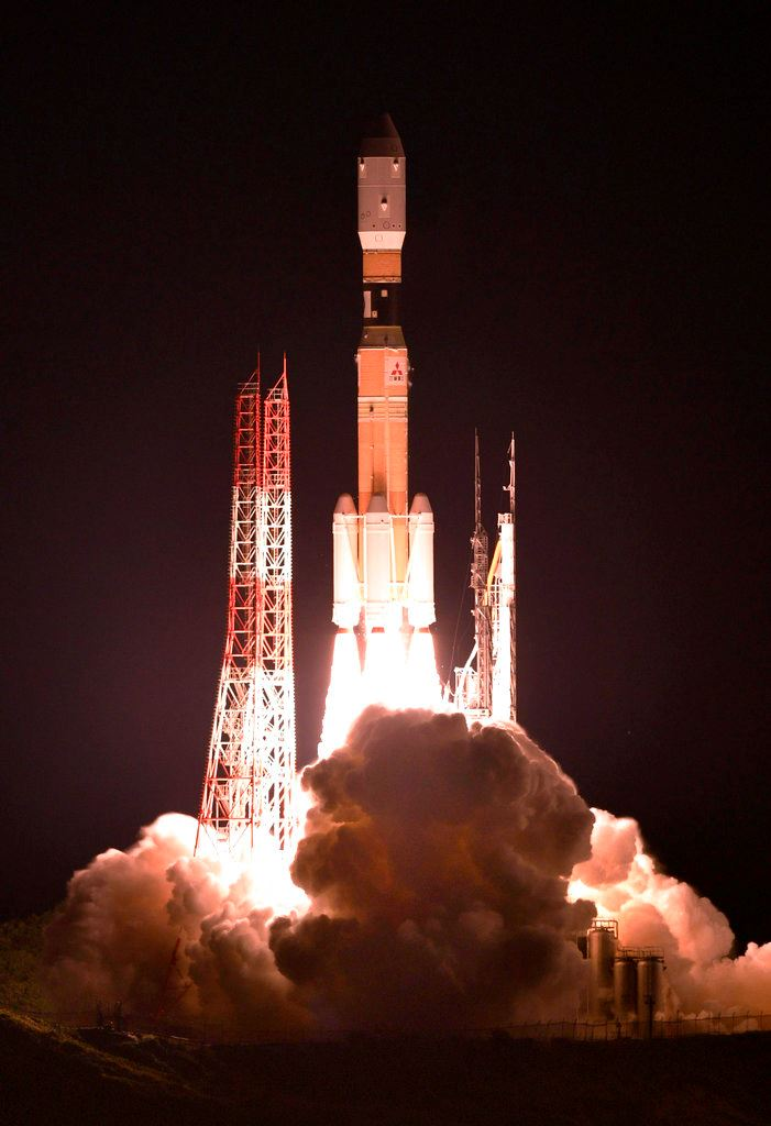 Picture of Japanese supply ship heads to space station after delays