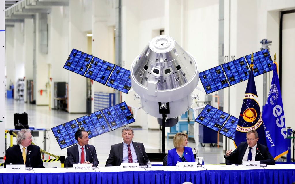 Picture of NASA accepts delivery of European powerhouse for moonship