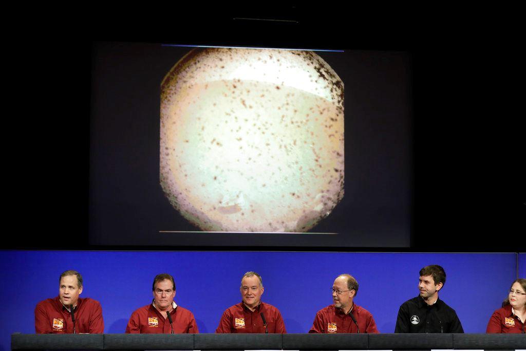 Picture of Mars touchdown: NASA spacecraft survives supersonic plunge