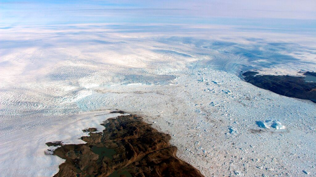 Picture of Big U-turn: Key melting Greenland glacier is growing again