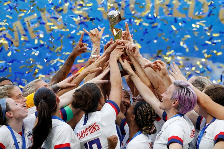 Picture of U.S. women take 2019 World Cup, set sights on equal pay