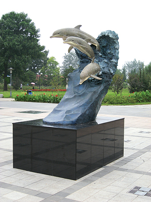Wyland sculpture (Wyland Foundation)