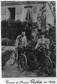 Pierre and Marie Curie 1906<br>Photo courtesy of Library of Congress,<br>LC-USZ62-73356