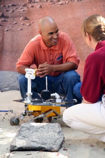 <h5>Kobie Boykins,  Senior Mechanical Engineer, NASA Jet Propulsion Lab, CA, shares a laugh with the Argonaut team.<P></h5>
