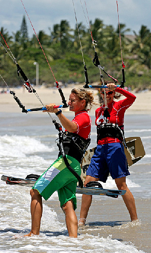 Laurel and friend, teammate and fellow competitor Kristin Boese go kite<br>Photo courtesy of <a href=http://www.laureleastman.com/>Laurel Eastman Kiteboarding</a>