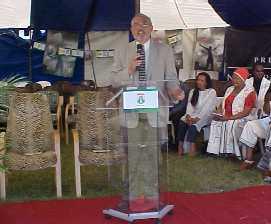 Paul Munsen speaking in South Africa (sunoven.com)