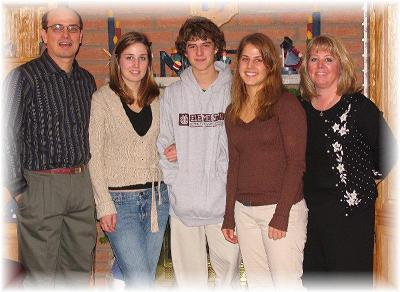 Grant, Amanda, Jordan, Rachel and Mali (Mali Bickley Family Album)