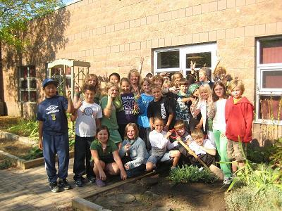Mali and class plant a tree for PEACE