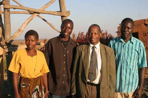 Agnes (mother), William, Dr. Hartford Mchazime, Tryell (father)<br> (TED Global)