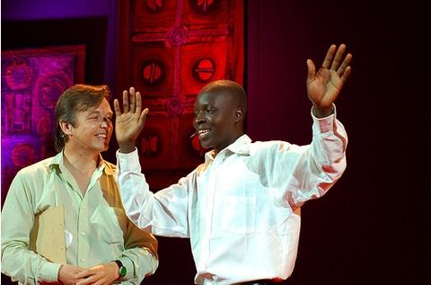 Chris Anderson and William Kamkwamba at TED Global<br>(TED)