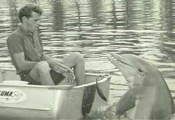 Ric and Cathy, a dolphin he trained for Flipper. (dolphinproject.org)