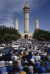 Touba during the Magal (Courtesy htcom.sn)