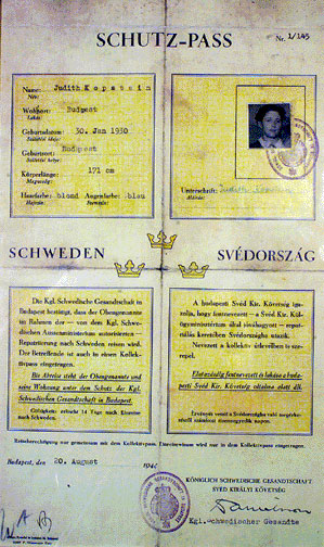 A Schutz Pass issued by Wallenberg.
