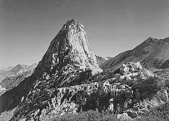 Fin Dome, Kings River Canyon, California (http://www.historyplace.com/unitedstates/adams/H06.jpg)