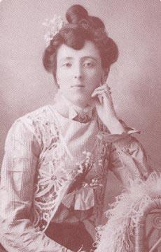 <a href=http://upload.wikimedia.org/wikipedia/en/2/23/LMM_I.jpg>Lucy Maud Montgomery</a>