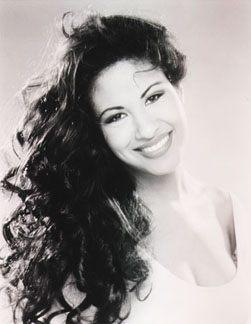 Selena's  Simile (http://bmilatin.com/images/selena.jpg)