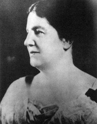 Emily Murphy (http://www.mhs.mb.ca/docs/mb_history/32/womenwonthevote7.jpg)