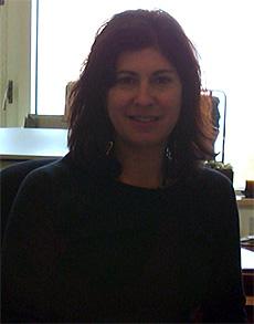 Professor Leslie Thompson (Jonathan Cohen)