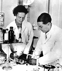 Irene and Fred in the lab (Encyclopedia Brittanica)