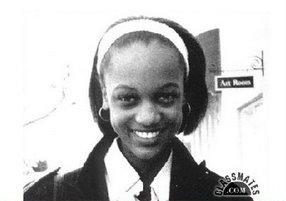 Tyra, as a teenager, going to school. (https://bp1.blogg.com)