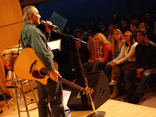Raffi performs at Berklee College of Music (by Phil Farnsworth, courtesy of Troubadour Music, Inc.)