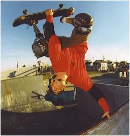 An adaptive athlete riding halfpipe (www.adaptiveactionsports.com)