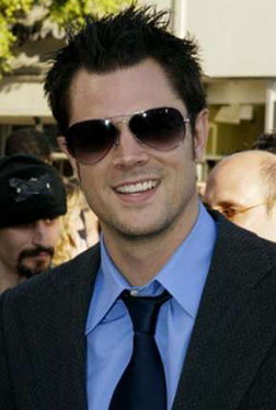 (http://www.tv.com/<b>johnny-knoxville</b>/person/100433/biography.html) - g210505_u57082_johnny_knoxville