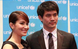Ken and Ann at UNICEF Press Conference<br>(www.unicef.org/thailand)
