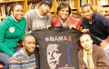 Dwayne mobilizing students for the election<br>(www.blackcollegewire.org)