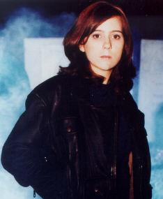 Amelia Atwater-Rhodes (teenagerstoday.com/ tom/0702.htm)