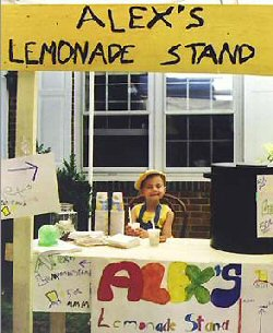 Her first lemonade stand in 2000 (http://www.blogcdn.com/www.thecancerblog.com/media/2006/03/alex-lemonade-stand-cancer.jpg)