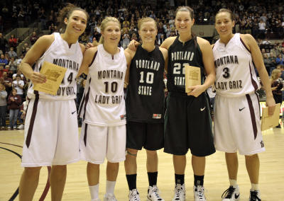 five of the six members of all-tournament team  (https://www.goviks.com/pics24/400/UK/UKFJUKUXQQZFVCE.20090315041255.jpg)